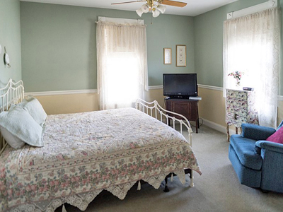 Guest Rooms at Victorian Veranda Inn.